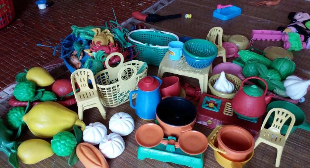 Bộ đồ chơi nấu ăn cân ký thường không an toàn